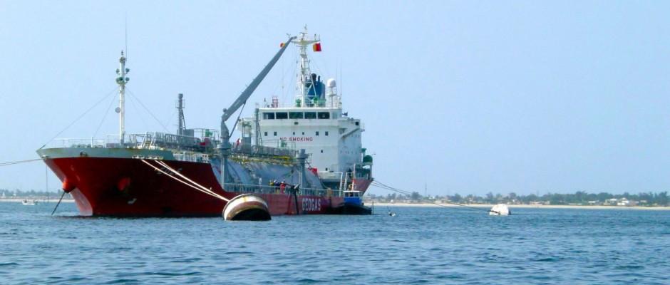 Ship assistance